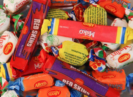 Allen's Mixed Wrapped Lollies in 800g bag