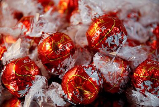 Lindt Balls - Milk Chocolate (10 pieces)